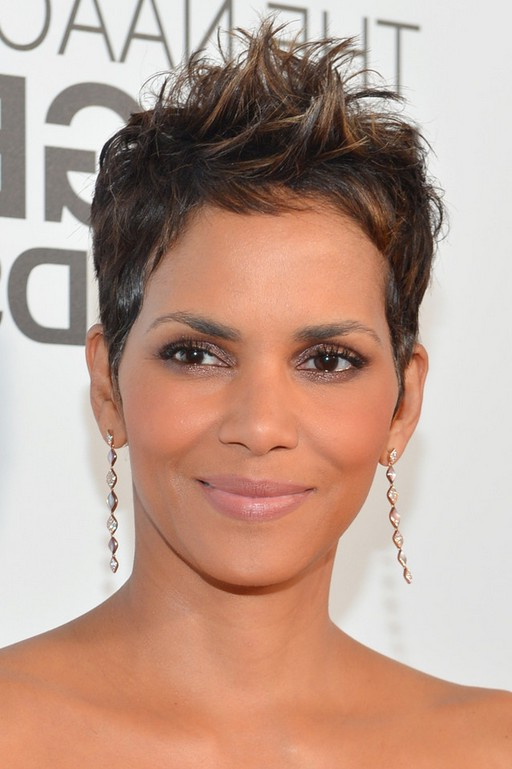 Halle berry messy spiked haircut for short hair styles weekly halle berry messy spiked haircut for short hair urmus Image collections