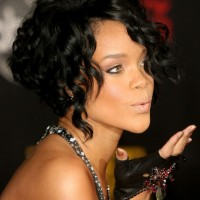 Inverted Curly Bob Hairstyles - Rihanna's Curly Bob Hairstyle