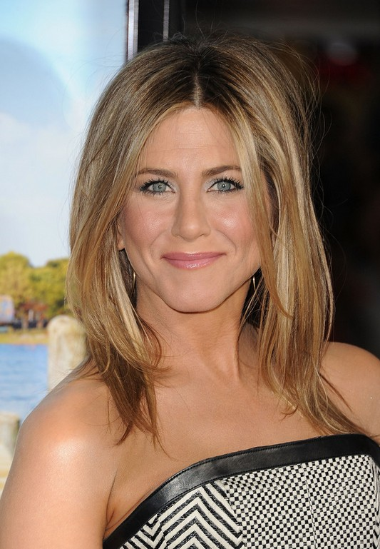 Jennifer Aniston Medium Hairstyles