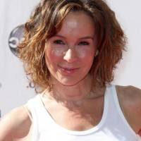 Short Omrbe Curly Bob Hairstyle - Jennifer Grey's Haircut