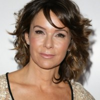 Jennifer Grey Short Brown Curly Hair Style