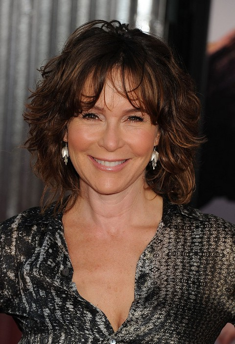 Jennifer Grey Medium Messy Hairstyle With Bangs For Women Over 50