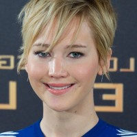 Jennifer Lawrence Cute Short Messy Haircut with Bangs
