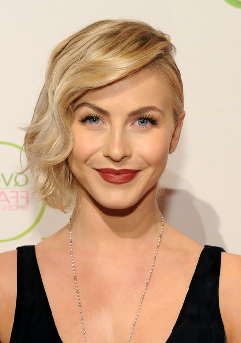 how to get julianne hough waves