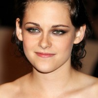 Kristen Stewart Finger Wave Hairstyle for Summer
