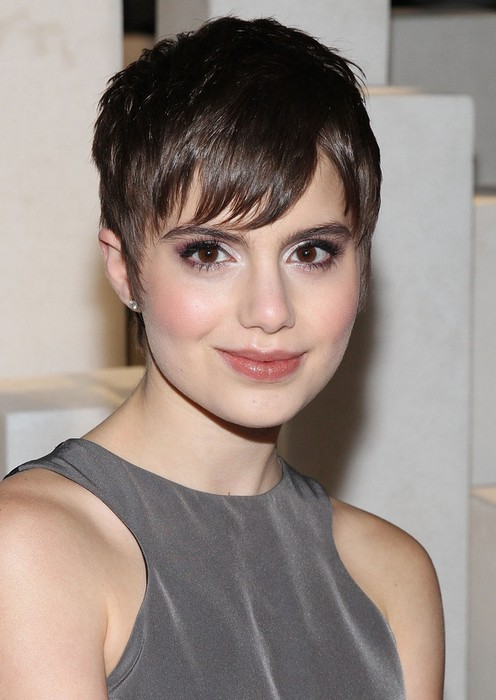 growing out short hair styles hairstyles growing out pixie hairstyles 1819