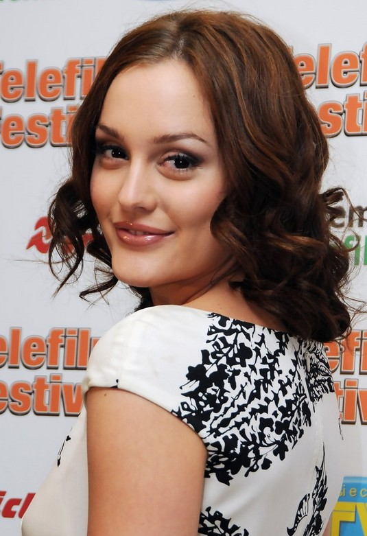Leighton Meester Medium Hairstyle