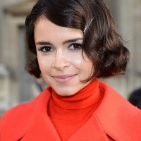 Miroslava Duma Short Finger Wave Hairstyle for Winter