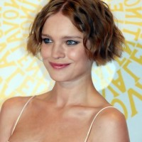 Natalia Vodianova Cute Short Finger Wave Haircut for Women