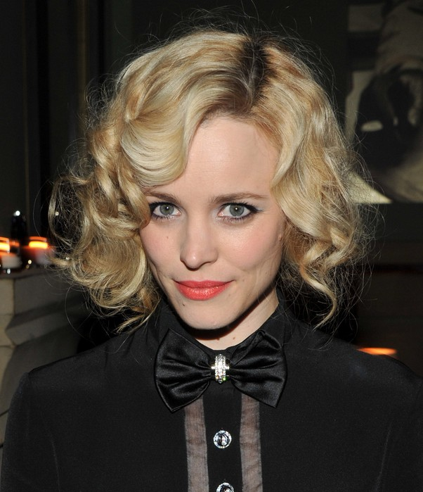 Rachel McAdams Haircut: Short Blonde Curly Hairstyle with Bangs ...