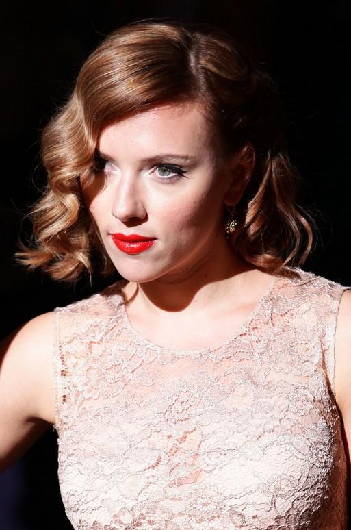 Scarlett Johansson Retro Style