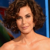 Teri Hatcher Curly Layered Haircut for Short Hair