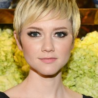 Valorie Curry Cute Short Blonde Pixie Haircut for Girls