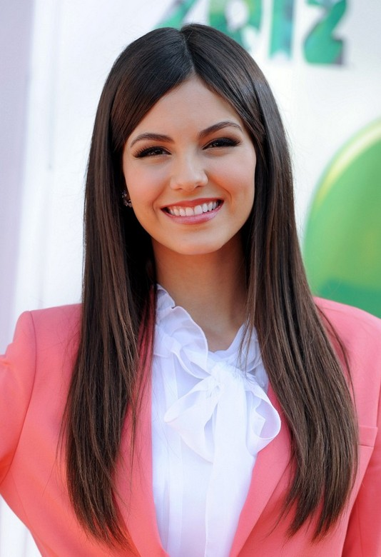 Victoria Justice Straight Hairstyles