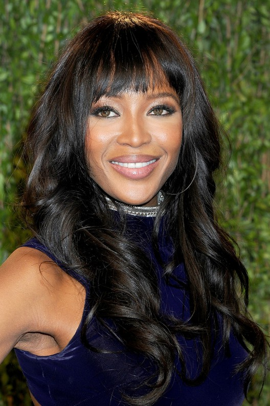 styles for long black hair american black curly hairstyle with blunt 1775 | African American Long Black Curly Hairstyle with Blunt Bangs from Naomi Campbell