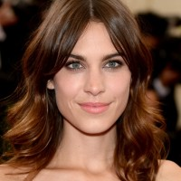 Alexa Chung Center Parted Medium Wavy Haircut for Women