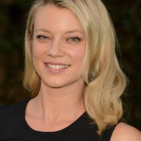 Amy Smart Casual Medium Blonde Wavy Haircut