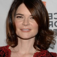 Betsy Brandt Shoulder Length Wavy Curly Hairstyle with Side Bangs