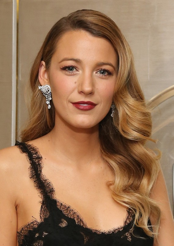 blake lively retro hairstyle for long wavy hair styles weekly
