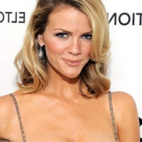 Brooklyn Decker Layered Medium Length Ombre Haircut for Women