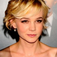 Carey Mulligan Cute Short Haircut with Side Swept Bangs