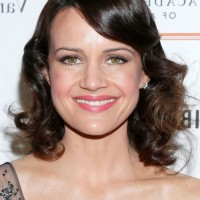 Carla Gugino Shoulder Length Wavy Curly Hairstyle with Side Bangs
