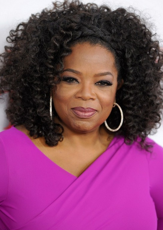 oprah hairstyles : Oprah Winfrey Hairstyles: Casual Daily Curly Hairstyle /Getty images