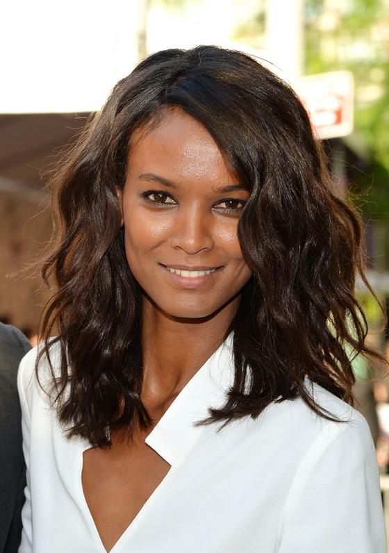 Fine Celebrity Liya Kebede Medium Dark Wavy Hairstyle For Thick Hair Short Hairstyles For Black Women Fulllsitofus