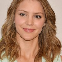 Celebrity Medium Wavy Hairstyle for Women from Katharine McPhee