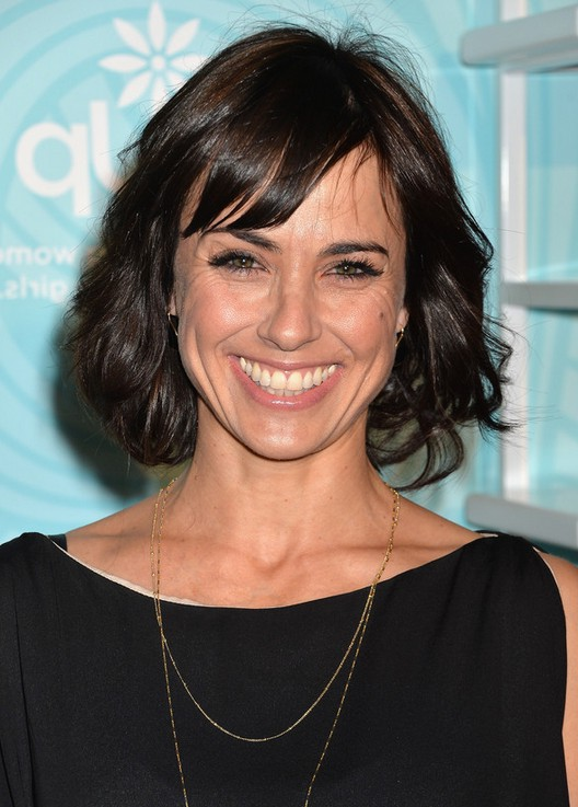... Short Wavy Hairstyle with Bangs for Women Over 40 | Styles Weekly
