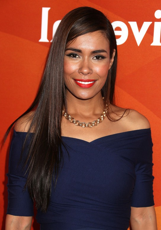 Daniella Alonso Side Parted Long Straight Hairstyle For