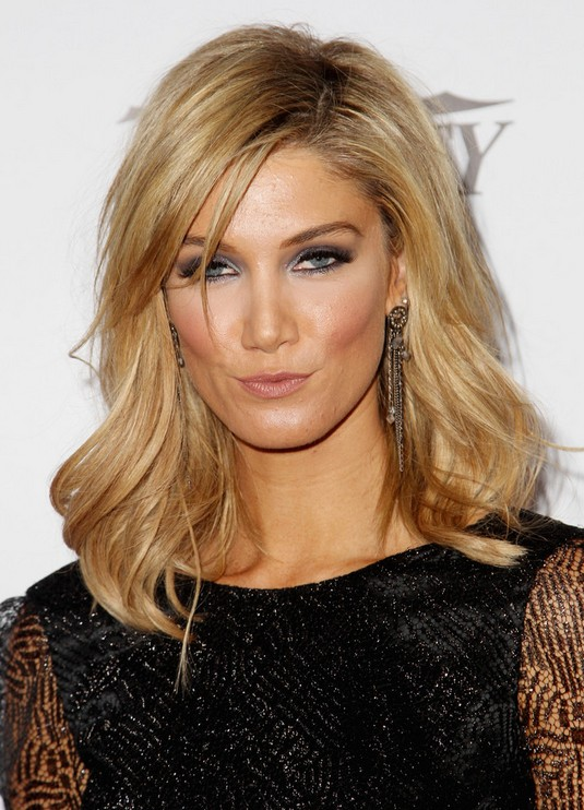 Delta Goodrem Medium Hairstyles