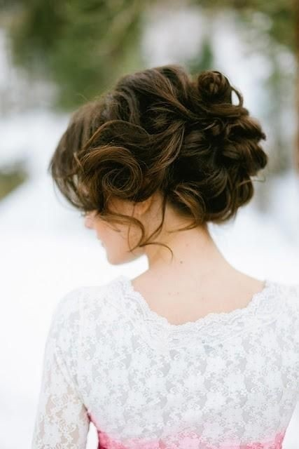Easy and Sleek Wavy Updo Bride Hairstyle: Best Bride and Bridesmaids Wedding Hairstyle