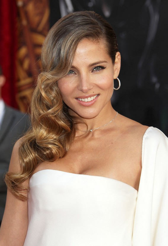 Elsa Pataky Side Parted Ombre Retro Hairstyle For Long Hair Styles Weekly