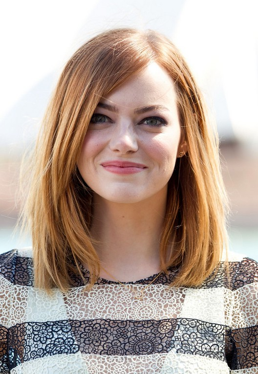 Emma Stone Medium Straight Bob For Oval Faces Styles Weekly