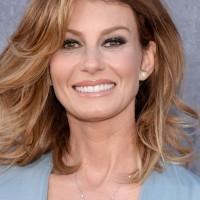 Faith Hill Medium Wavy Haircut for Women Over 50