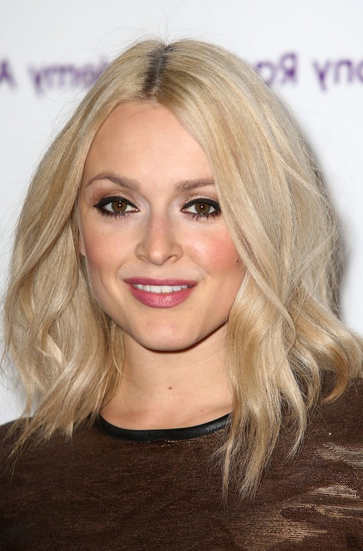 Cool Fearne Cotton Chic Medium Wavy Hairstyle For Fall Styles Weekly Short Hairstyles For Black Women Fulllsitofus