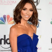 Giuliana Rancic Short Wavy Hairstyle for Women