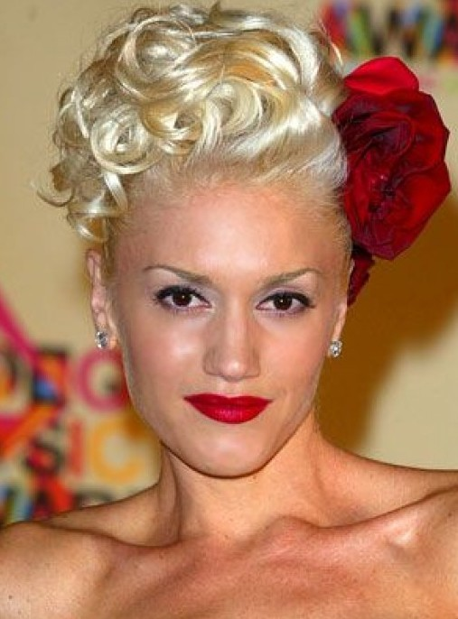 Gwen Stefani Updo