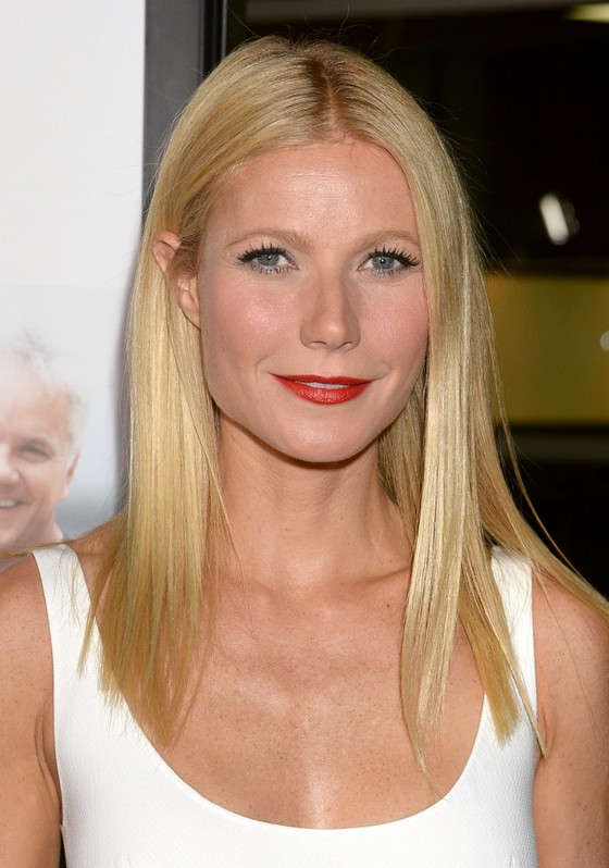 Gwyneth Paltrow Latest Hairstyle Long Blonde Center