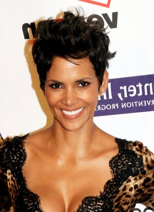 Swell Halle Berry Cool Spiked Layered Razor Cut For Women Styles Weekly Short Hairstyles Gunalazisus