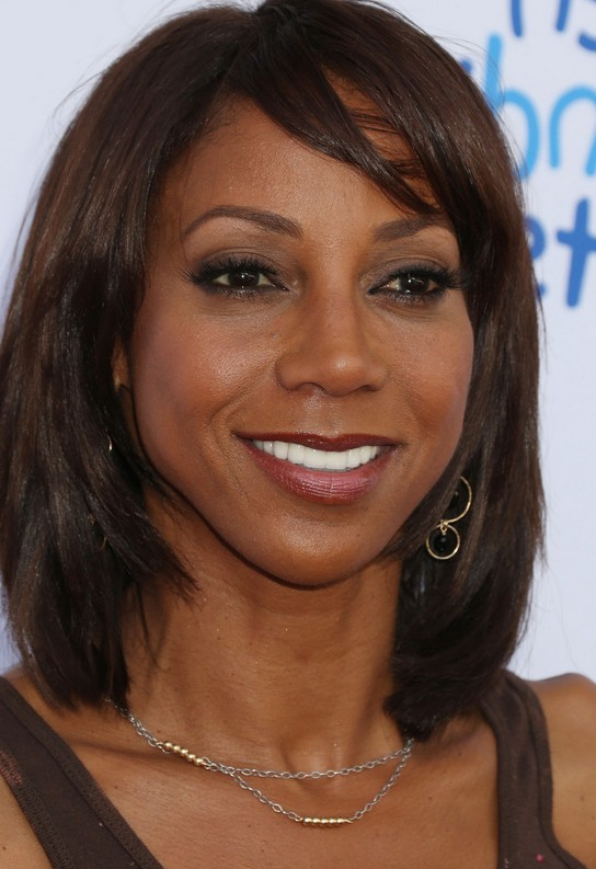 Holly Robinson Peete Layered Medium Bob Haircut For Black Women