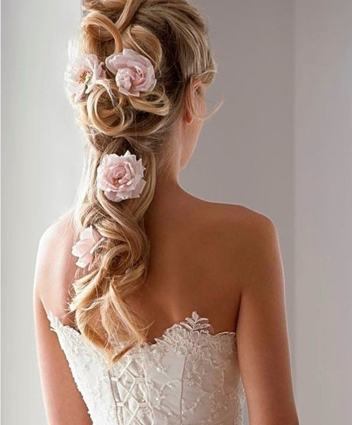 Hottest Wedding Hairstyles for Bride Long Hair