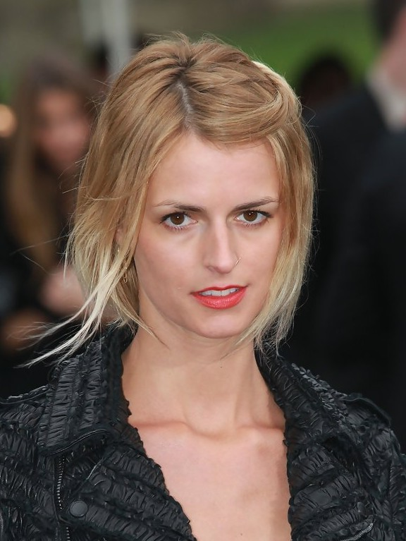Jacquetta Wheeler Short Straight Two Tone Bob Haircut