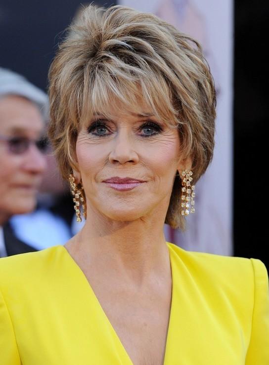 Jane Fonda Short Layered Razor Hairstyle for Women Over 60 ...
