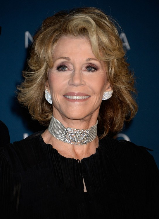 Jane Fonda Short Wavy Hairstyle for Women Over 70 | Styles Weekly