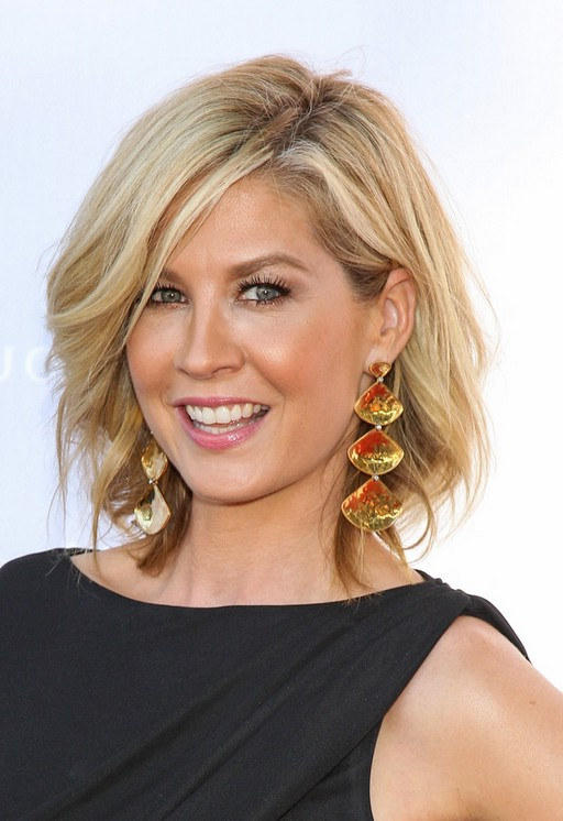 Jenna Elfman Casual Short Blonde Wavy Hairstyle Styles