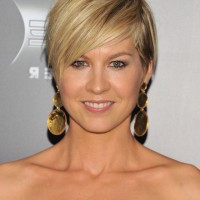 Jenna Elfman Layered Short Hairstyle with Side Swept Bangs