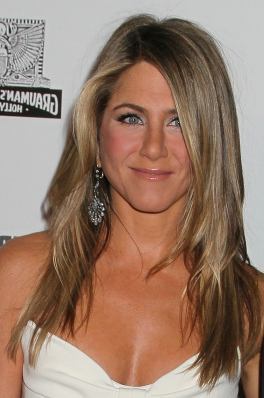 Jennifer Aniston Long Layered Hairstyle for Women Over 40