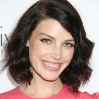 Jessica Pare Short Dark Wavy Hairstyle